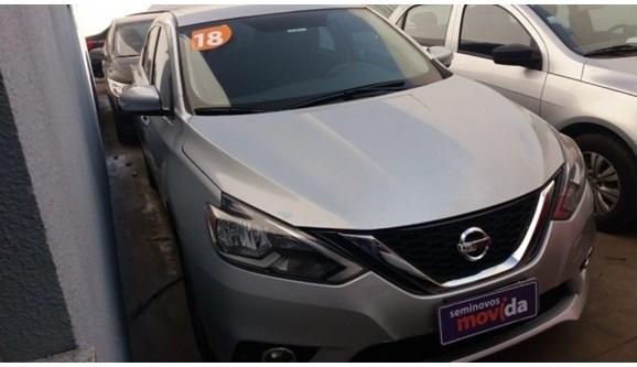 //www.autoline.com.br/carro/nissan/sentra-20-sv-16v-flex-4p-automatico/2018/sao-paulo-sao-paulo/8986379/