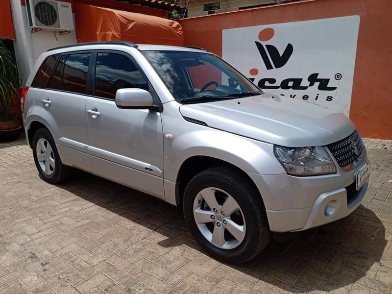 //www.autoline.com.br/carro/suzuki/grand-vitara-20-16v-gasolina-4p-manual-4x4/2011/brasilia-distrito-federal/12438032/