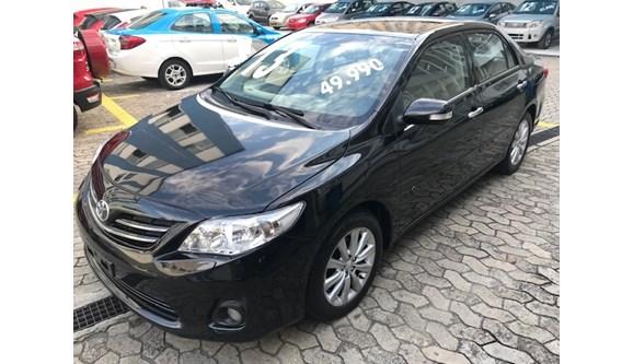 //www.autoline.com.br/carro/toyota/corolla-20-altis-16v-flex-4p-automatico/2013/rio-de-janeiro-rio-de-janeiro/10289981/
