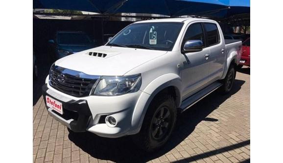 //www.autoline.com.br/carro/toyota/hilux-30-sr-16v-picape-diesel-4p-automatico-4x4-turbo-intercooler/2015/feliz-rio-grande-do-sul/10104078/