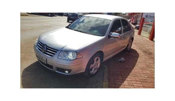 //www.autoline.com.br/carro/volkswagen/bora-20-8v-flex-4p-manual/2009/dois-vizinhos-parana/9096053/
